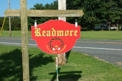 Readmore sign